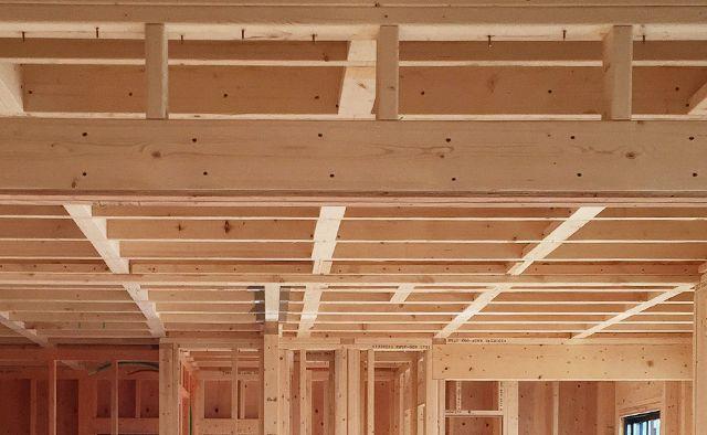 在来工法および2×4工法の注文住宅の建築設計。